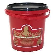 Hoof Dressing, Kevin Bacon, Tar